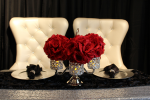 Full_set_up_sequin_and_red_roses_and_crystal