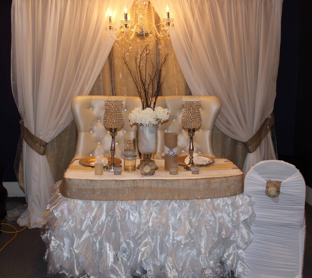 Vintage Wedding Head Table Ideas: Exquisite Events And Wedding Decor
