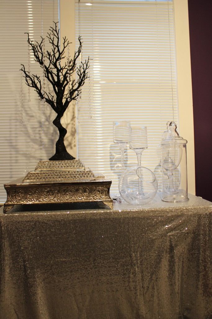 black manzanita tree, candy bar and cake stands